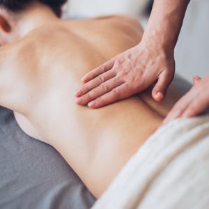 klasyczny masaż ciała o działaniu relaksacyjnym i zdrowotnym